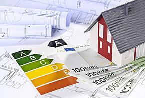 Wer in eine neue Heizung investiert, muss zunächst eine Menge Geld in die Hand nehmen. Dafür sinken die jährlichen Energiekosten durch eine bessere Energieeffizienz deutlich.